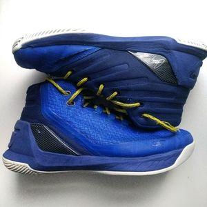 Under Armour Boys Steph Curry 3 Basketball shoes